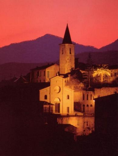 Apricale_tramonto